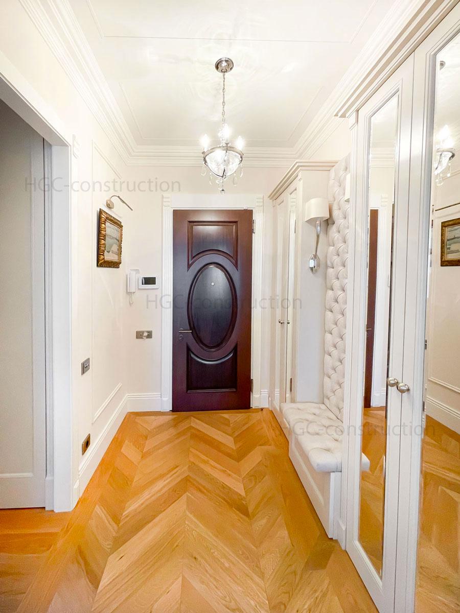 La conception intérieure du couloir créer entreprise Nice
